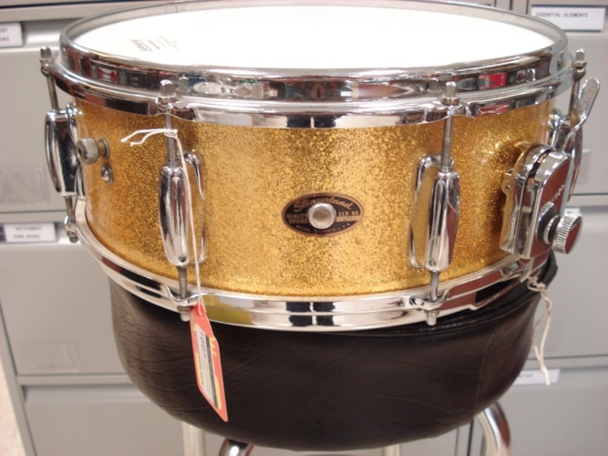 1963 Slingerland Artist  Gold Sparkle, Near Mint, Original Hard, $249.00
