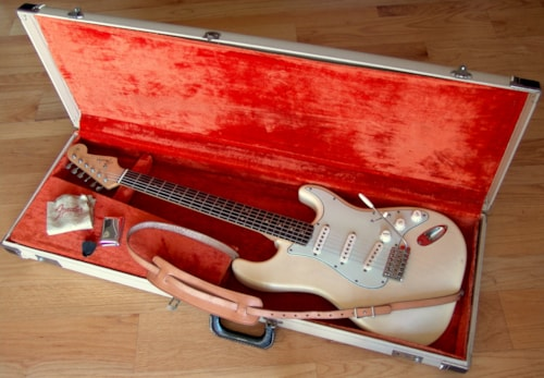 1964 Fender® Stratocaster® See through blonde/ash, Excellent, Original Hard