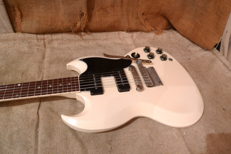 1964 Gibson SG SPECIAL Polaris White, Very Good, Hard, $4,500.00