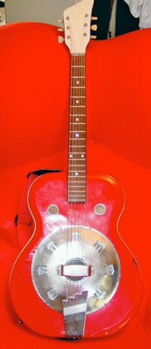 1964 National Supro Folkstar Bright red, Very Good, Soft