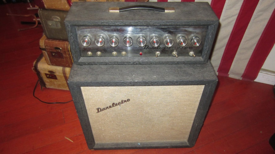 1965 Danelectro DM-25 Combo Piggyback Amp Grey, Excellent