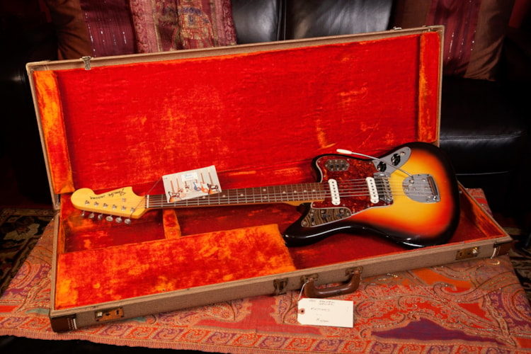 1965 Fender® Jaguar® Sunburst, Very Good, Original Hard