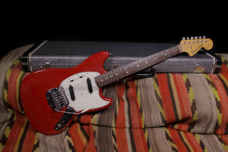 1965 Fender Mustang Red