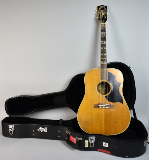 1965 gibson country western vintage acoustic dreadnought guitar natural natural guitars. Black Bedroom Furniture Sets. Home Design Ideas