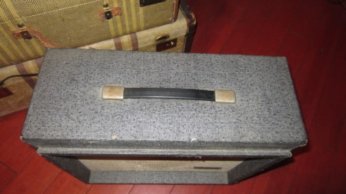 1965 Silvertone Model 1481 Tube Combo Amp Grey