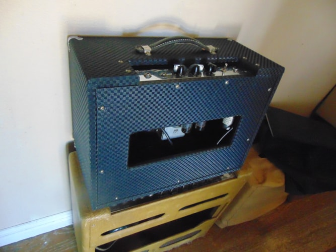 1966 Ampeg Jet Blue square, Excellent, $425.00