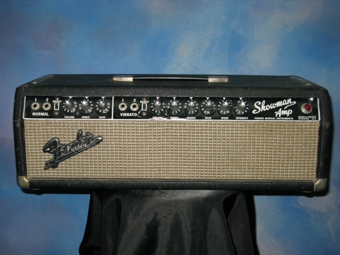 1966 Fender® Showman® Head Black, Excellent