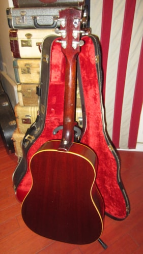 1967 Gibson J-45 Sunburst lots of wear but Plays and Sounds Great!