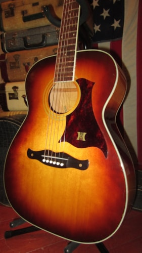 1967 Harmony H168 Small Bodied Flattop Acoustic Sunburst, Excellent, Original Soft