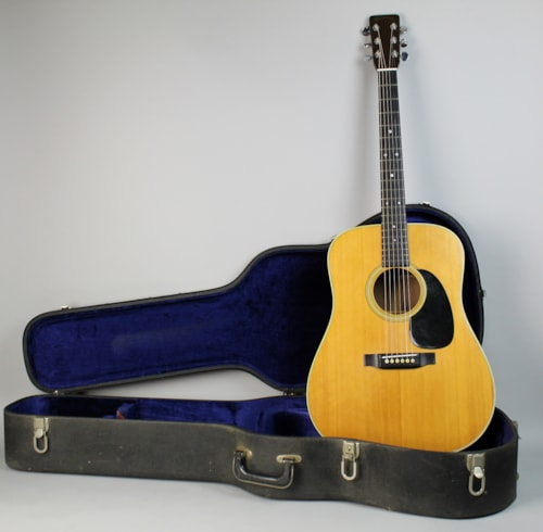 Martin D 28 Guitars Electric Solid Body Imperial Vintage Guitars