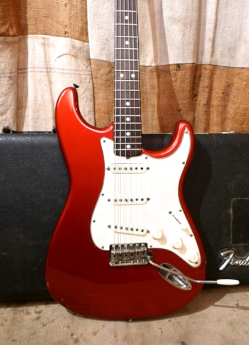 1968 Fender Stratocaster Candy Apple Red