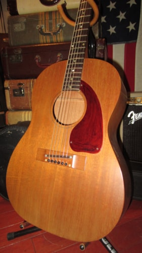1968 Gibson B-15 Small Bodied Acoustic Natural, Excellent, Original Soft