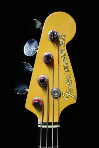1969 Fender Mustang Bass Yellow Competition