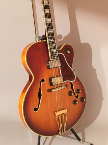 1969 Gibson Byrdland Sunburst, Excellent, Original Hard