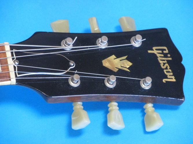 1969 Gibson ES-175 Tobacco Sunburst, Excellent, Hard, $3,795.00