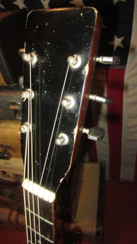 "1969 Harmony ""Gordon"" Acoustic Electric 00-18 Copy with DeArmond™ Pickup Natural, Very Good, $349.00"