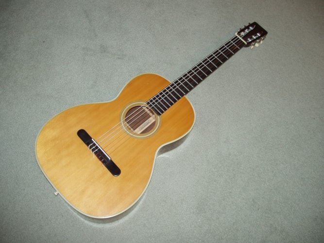 1969 Martin 00-28C natural, Near Mint, Original Hard, Call For Price!