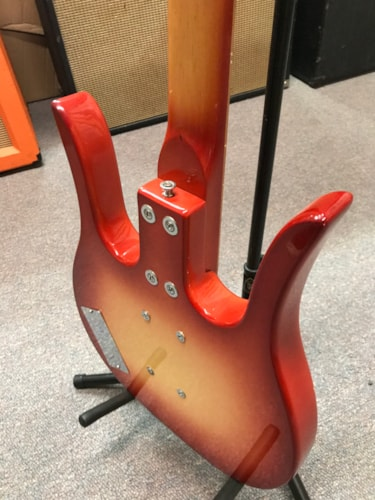 1970 Dynelectron Longhorn Bass Sunburst, Excellent, Hard