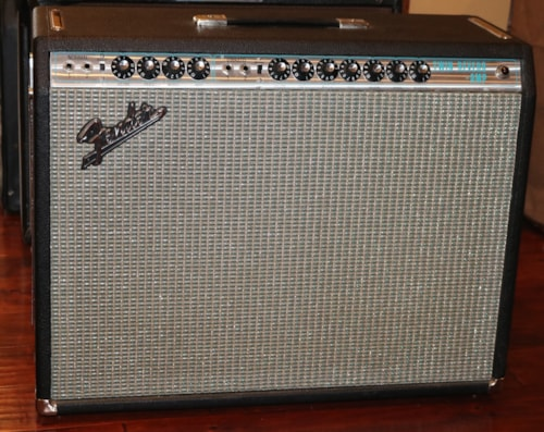 1970 Fender Twin Reverb > Amps & Preamps | Gary's Clic Guitars on