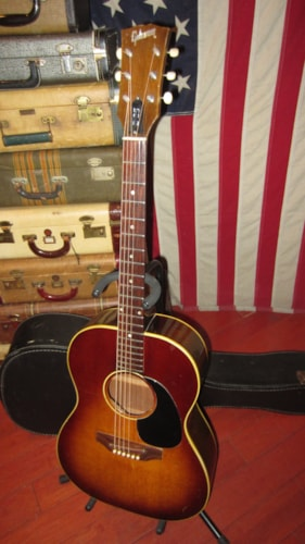 1970 Gibson B-25 Small Bodied Flattop Acoustic Sunburst, Excellent, Original Soft, $1,595.00