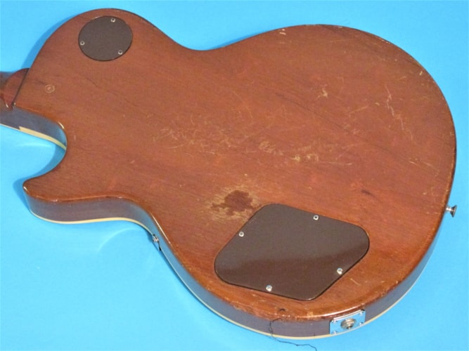 1970 Gibson LES PAUL DELUXE Goldtop, Very Good, $3,895.00