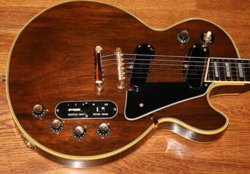 1970  Gibson Les Paul Personal  Walnut