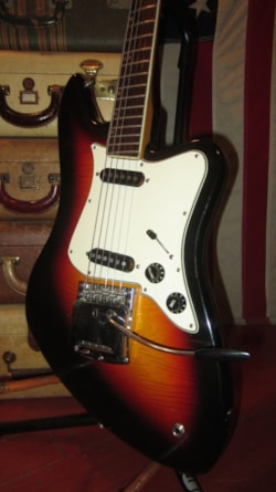 ~1971 Aria Offset Body Electric Solidbody