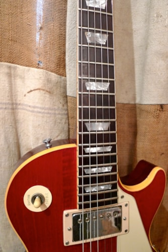 1972 Gibson Les Paul Deluxe Cherry Red