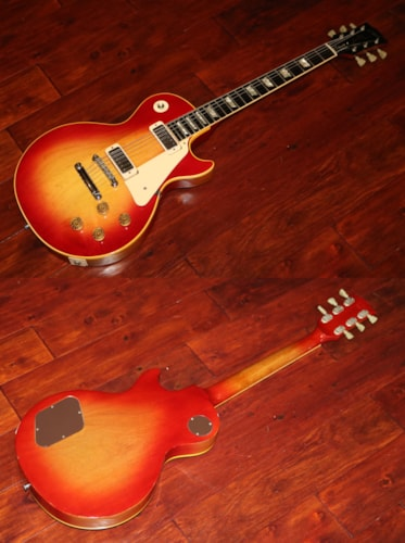 1973  Gibson  Les Paul Deluxe Cherry Sunburst