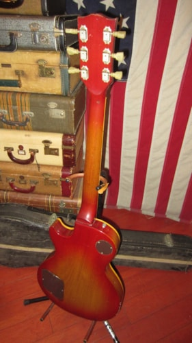 1973 Gibson LES PAUL DELUXE Cherry Sunburst, Excellent, Original Hard, $3,999.00