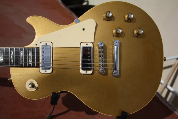1973 Gibson LES PAUL DELUXE Goldtop, Very Good, Hard
