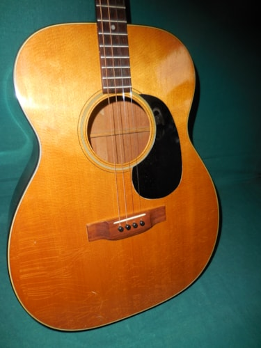 1973 Martin 0-18t Excellent, Hard