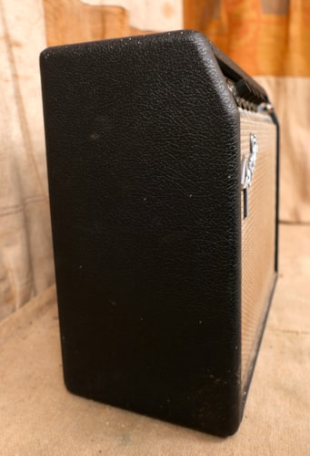 1974 Fender Vibro Champ Silverface
