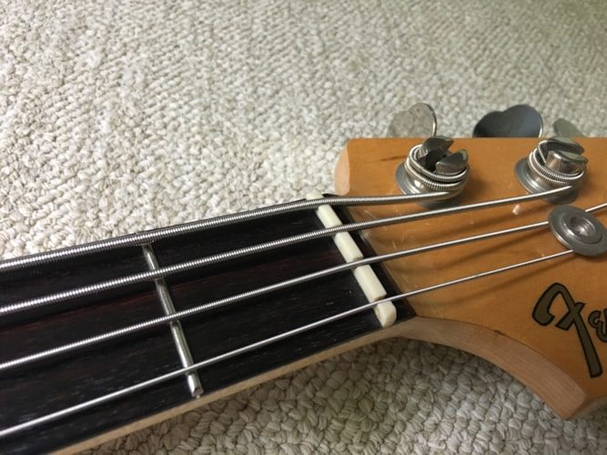 Vintage 1975 Fender Mustang Bass Olympic White