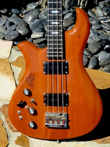 1976 B.C.Rich Eagle Bass  Natural finish, Excellent, Original Hard