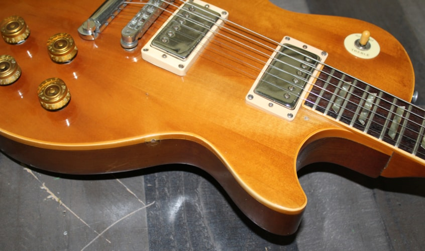 1977 Gibson Les Paul Standard  Natural