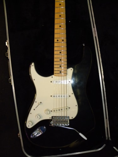 1978 Fender® Stratocaster® black, Very Good, Original Hard, $2,142.00
