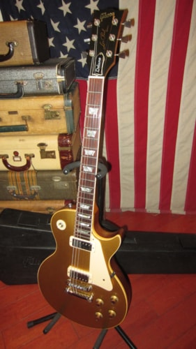 1978 Gibson LES PAUL DELUXE Goldtop, Near Mint, Original Hard, $3,999.00