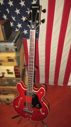 1979 Epiphone EA-260 Hollowbody Bass Red, Excellent, GigBag, $799.00