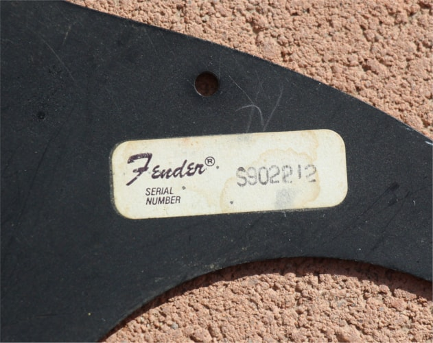 1979 Fender Vintage Stratocaster Pickguard 3 ply Black, Very Good
