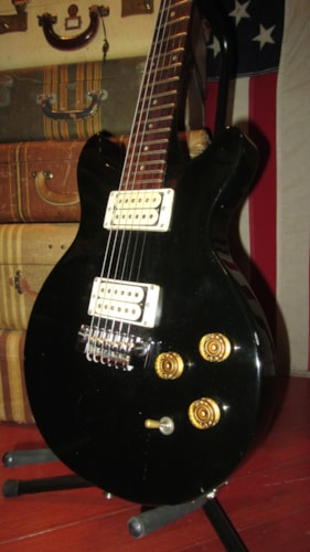 1982 Gibson Epiphone Spirit Black Guitars Electric Solid Body