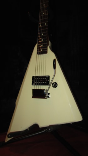 ~1985 Fender Squier Katana White