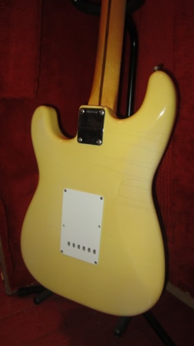 1986 Fender '57 Re-Issue Stratocaster White