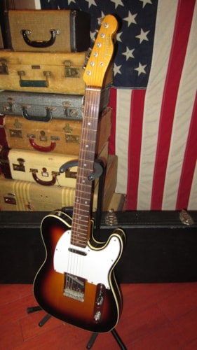 1986 Fender Esquire Telecaster Sunburst, Excellent, Hard, $1,495.00