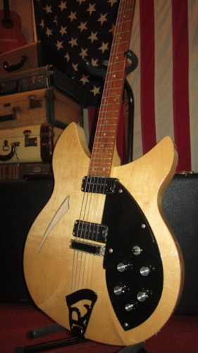 1986 Rickenbacker 330 Mapleglo, Excellent, Original Hard, $1,799.00