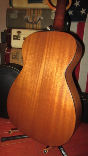 1987 Guild M-20 Acoustic Electric Small Bodied Flattop Mahogany, Excellent, Original Hard, $1,199.00