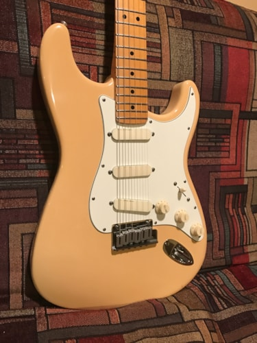 1988 Fender® Strat® Plus whte, Excellent, Original Hard