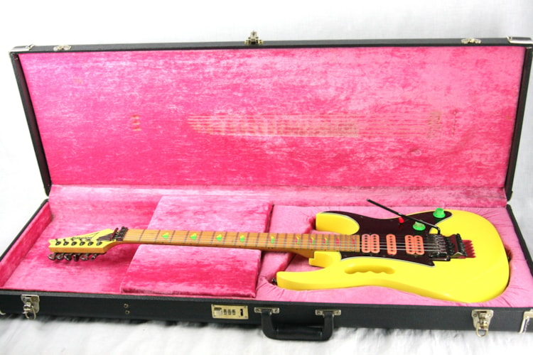 1990 Ibanez JEM 777 DY! Desert Sun Yellow w/ OHSC! JEM777DY Excellent Condition! Rare Model! Excellent $2,750.00