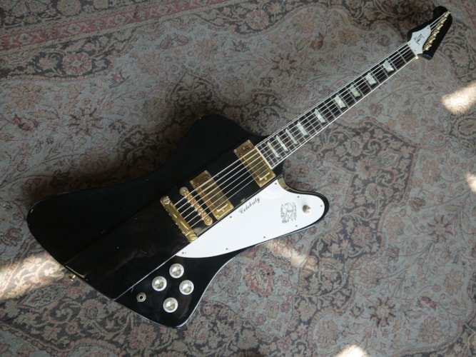 1991 Gibson Firebird V Celebrity Black, Mint, Original Hard