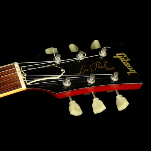 1992 Gibson Used 1992 Gibson Les Paul Classic Electric Guitar Amber Burst Excellent, $2,499.00